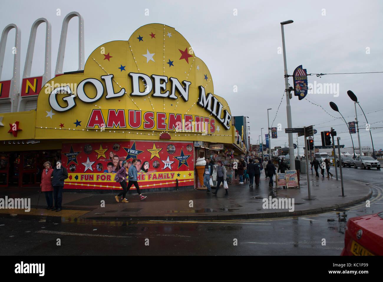 Blackpool Golden Mile Amusements arcade. Lancashire credit, LEE RAMSDEN / ALAMY - Stock Image
