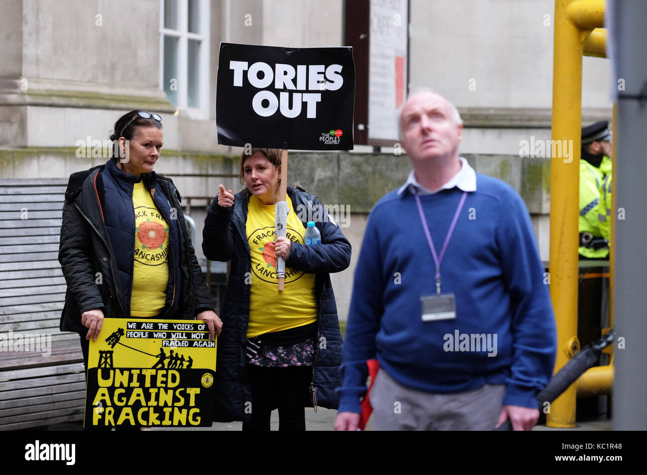Manchester, UK. 1st October, 2017. Conservative Party Conference, Anti Tory protesters outside the Midland Hotel - Stock Image