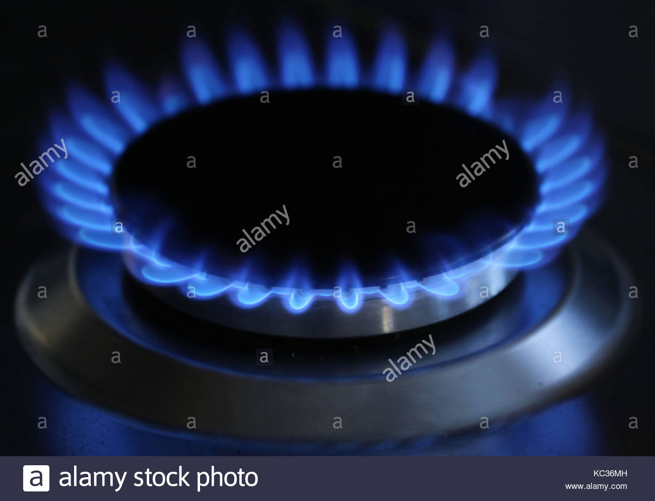 File photo dated 11/10/13 of a general view of a gas hob burning, as a combination of renewables, gas generation - Stock Image