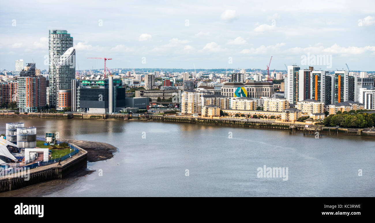 Panoramic view of the Blackwall area of East London, with high rise tower blocks and skyscrapers overlooking the - Stock Image
