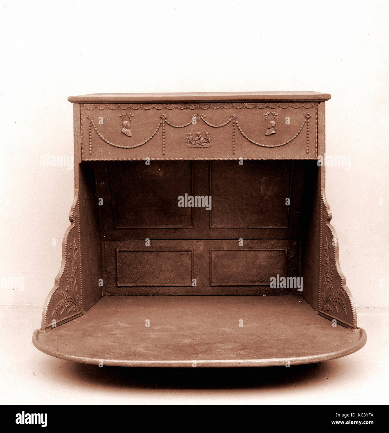 Peachy Franklin Stove Stock Photos Franklin Stove Stock Images Alamy Wiring Digital Resources Millslowmaporg