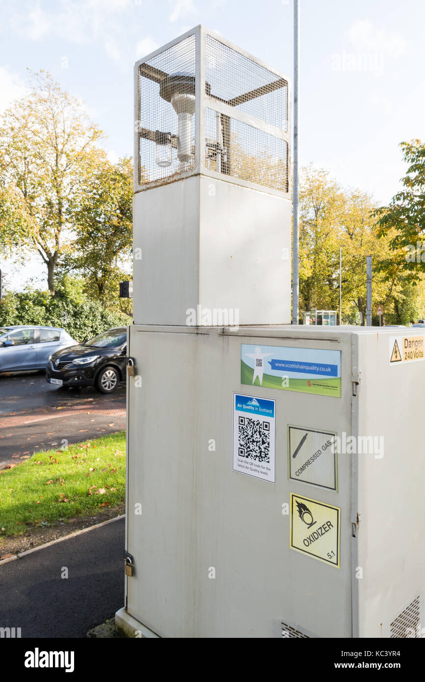 Air Quality roadside monitoring site, Milngavie, Scotland, UK - Stock Image