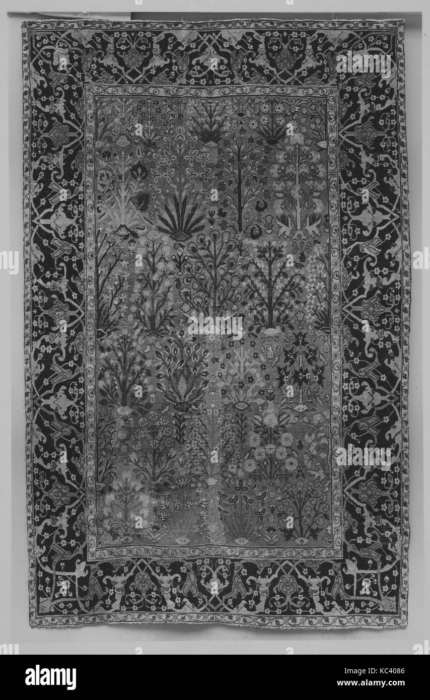 Shrub Carpet, early 18th century, Attributed to Iran, probably Isfahan or Kerman, Cotton (warp), wool (weft and - Stock Image