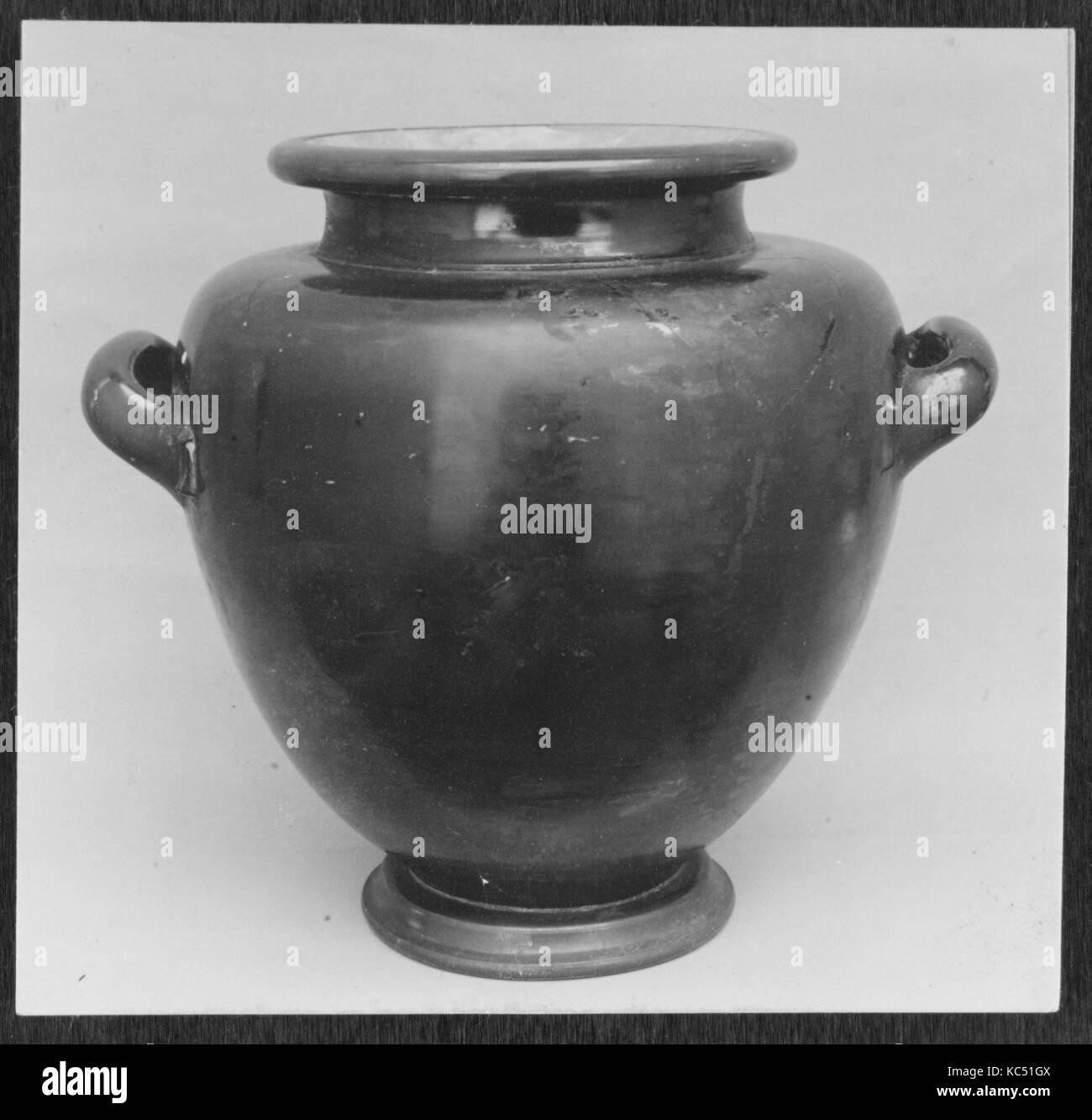 Terracotta stamnos (jar), Classical, ca. 475–450 B.C., Greek, Attic, Terracotta; black-glaze, Overall: 15 11/16 - Stock Image