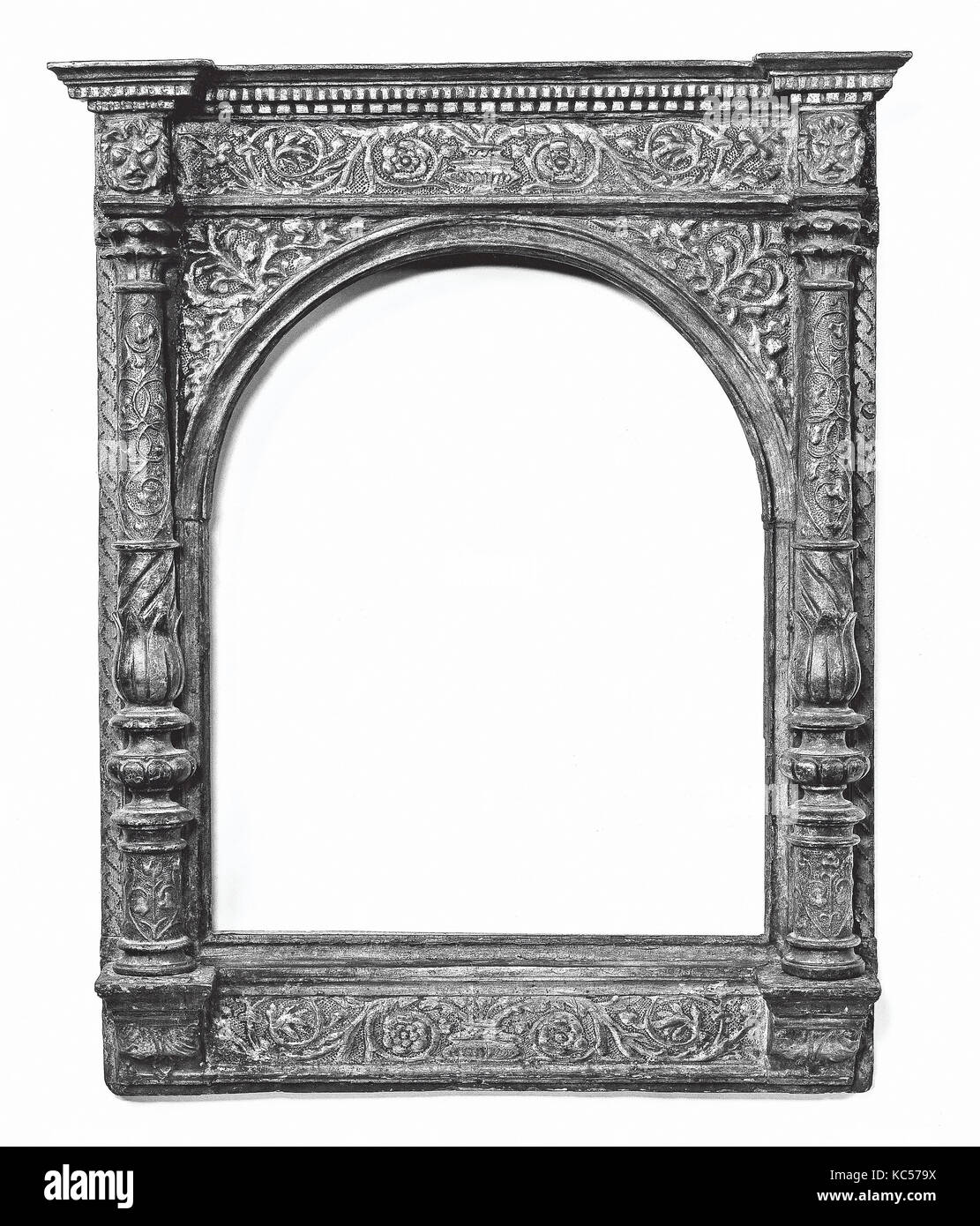 Tabernacle Frame Stock Photos & Tabernacle Frame Stock Images - Alamy