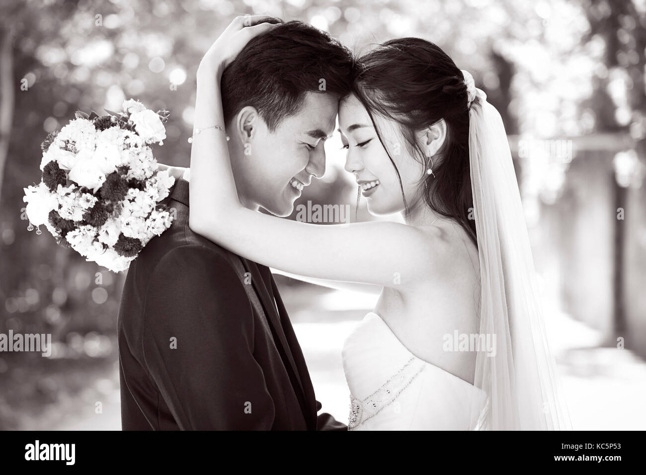 black-and-white-asian-wedding-hot-young-teen-small-boobs
