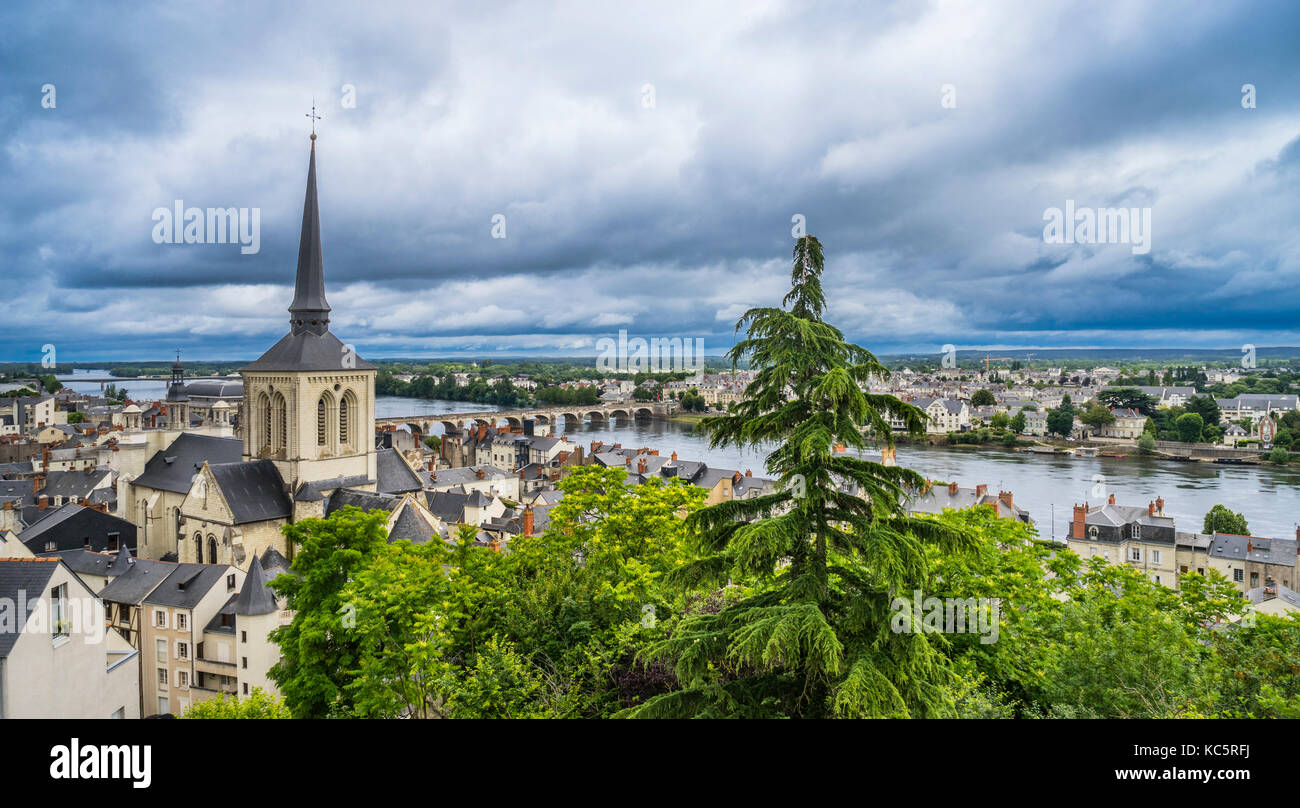 France, Maine-et-Loire department, Pays de la Loire, view of Saumur, Saint-Pierre-du-Marais Church, the Loire river - Stock Image