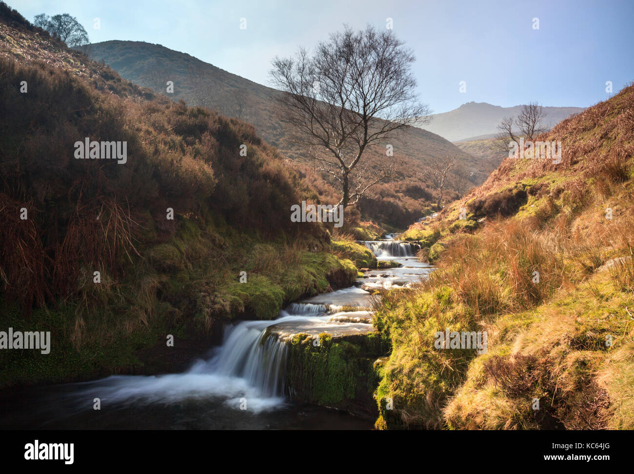 Fairbrook in the Peak District National Park with Kinder Scout in the distance. - Stock Image