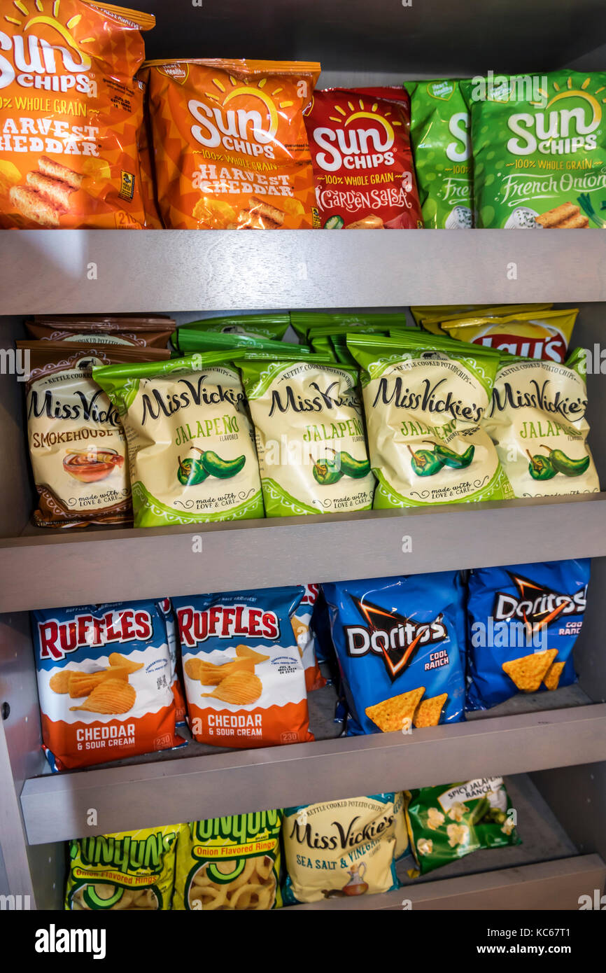 Silver Spring Maryland United States Of America Stock Photos Cream Malam Ga 6 Holiday Inn Express Hotel Snack Bar Potato Chips Ruffles Doritos Brand Sun