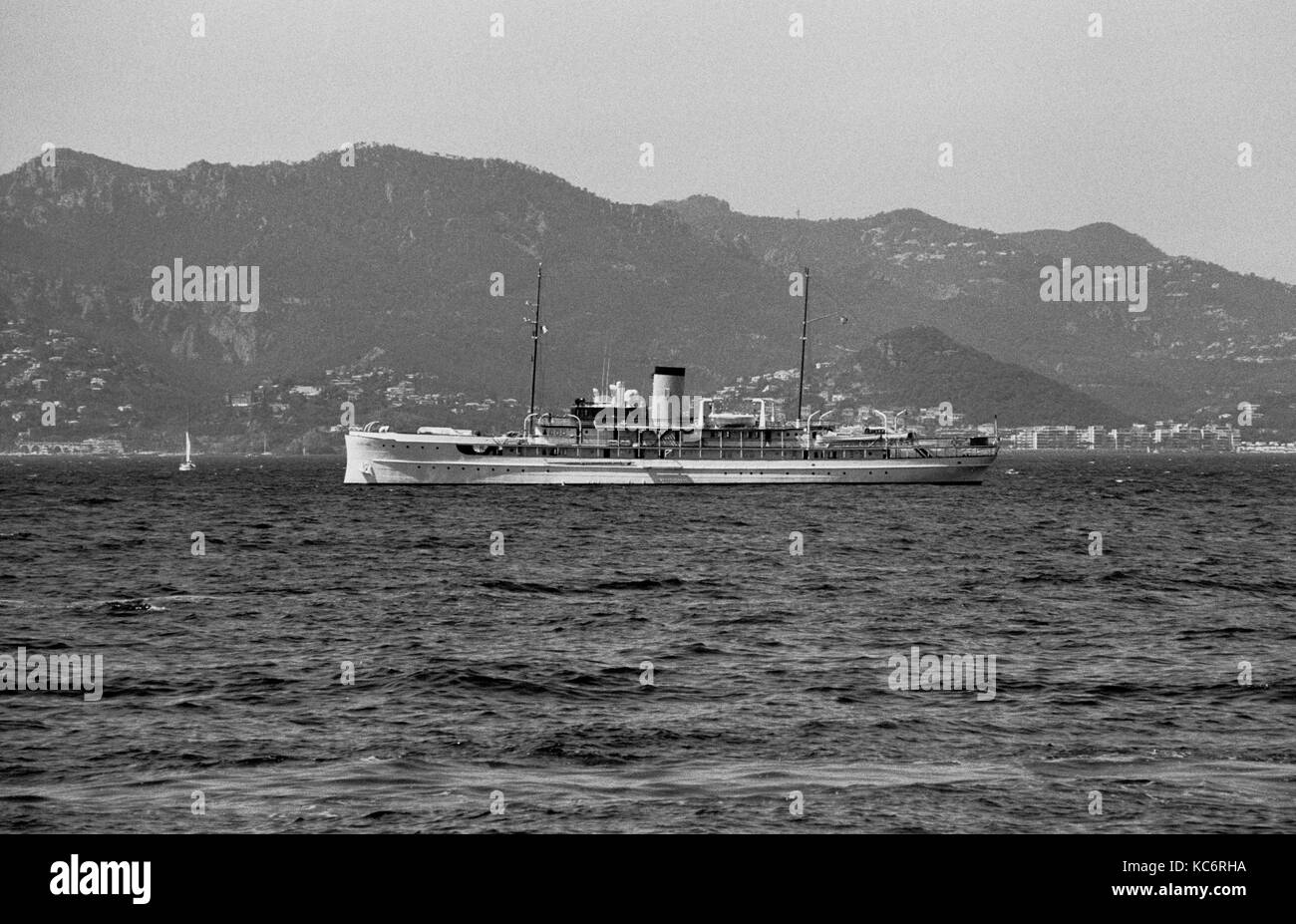 SS DELPHINE IN CANNES BAY - 1921 HORACE DODGE YACHT- LAST STEAMER YACHT- USS DAUNTLESS -CANNES FRANCE FRENCH RIVIERA - Stock Image