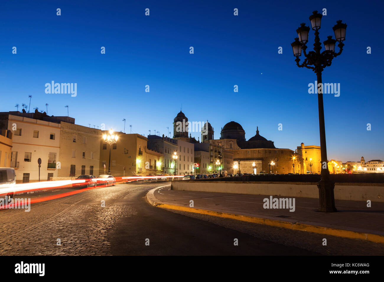 Spain, Andalusia, Cadiz, Cathedral de Cadiz in long exposure - Stock Image