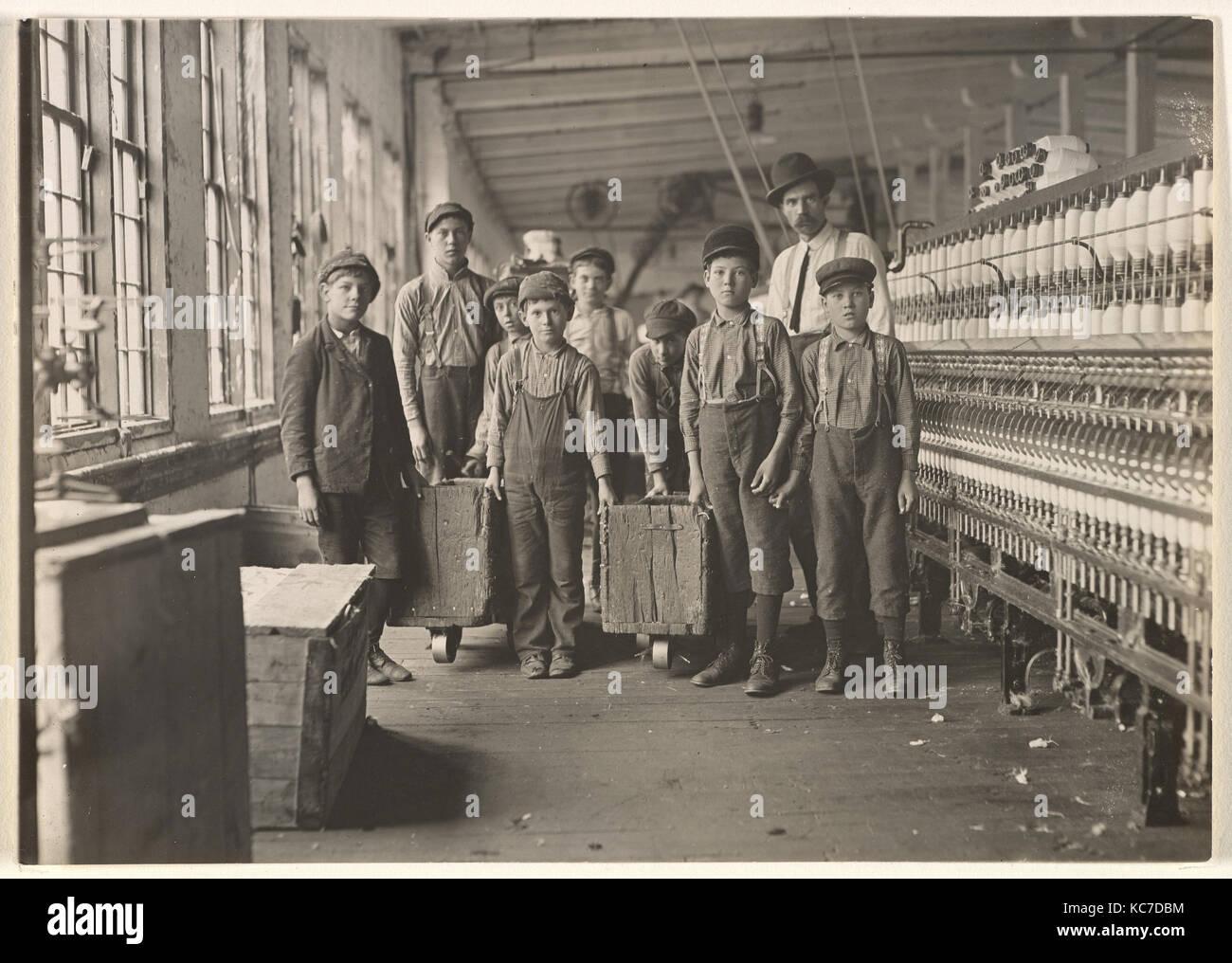 Mill Children #440, South Carolina, Lewis Hine, 1908 - Stock Image