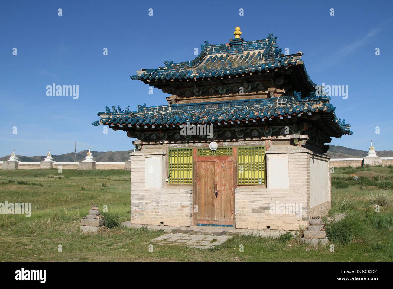 Small temple in Erdene Zuu Monastery, Mongolia - Stock Image