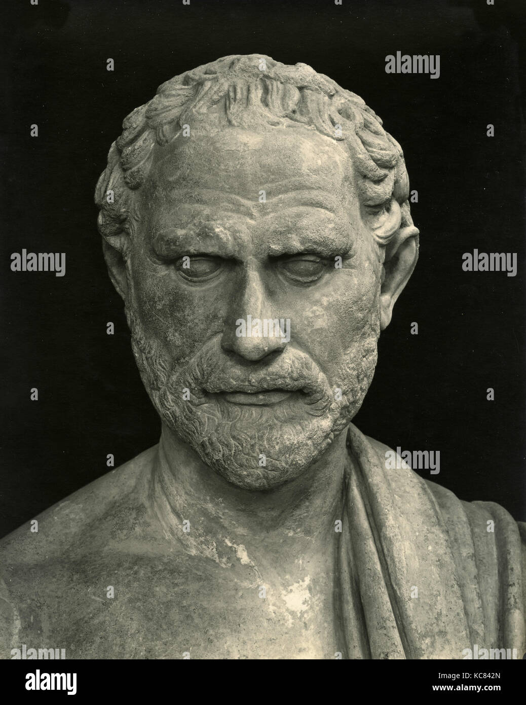 Greek statesman Demosthenes, Marble statue - Stock Image