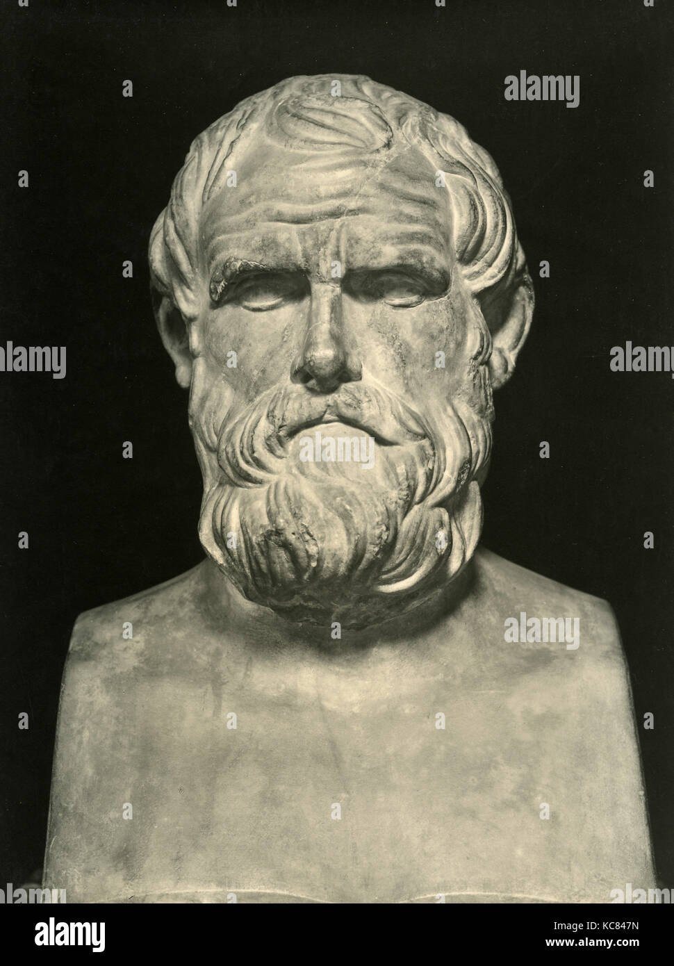 aristophanes the comic writer This comic development comes after the lifetime of euripides and his contemporary, the most familiar writer of old comedy, aristophanes euripides - life and career.