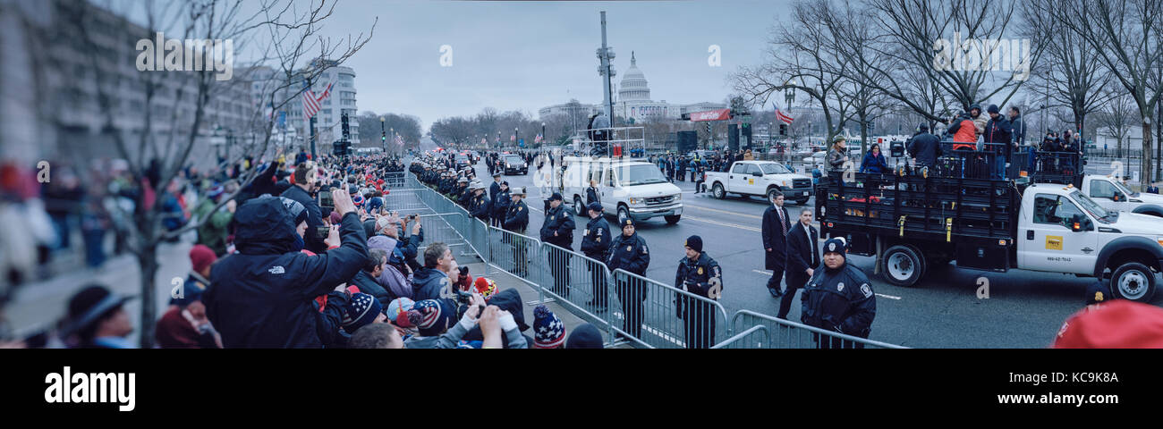 Inaugural Day Parade. Washington DC, Pennsylvania Ave. Jan 20, 2016. Crowds of President Trump supporters greeting - Stock Image