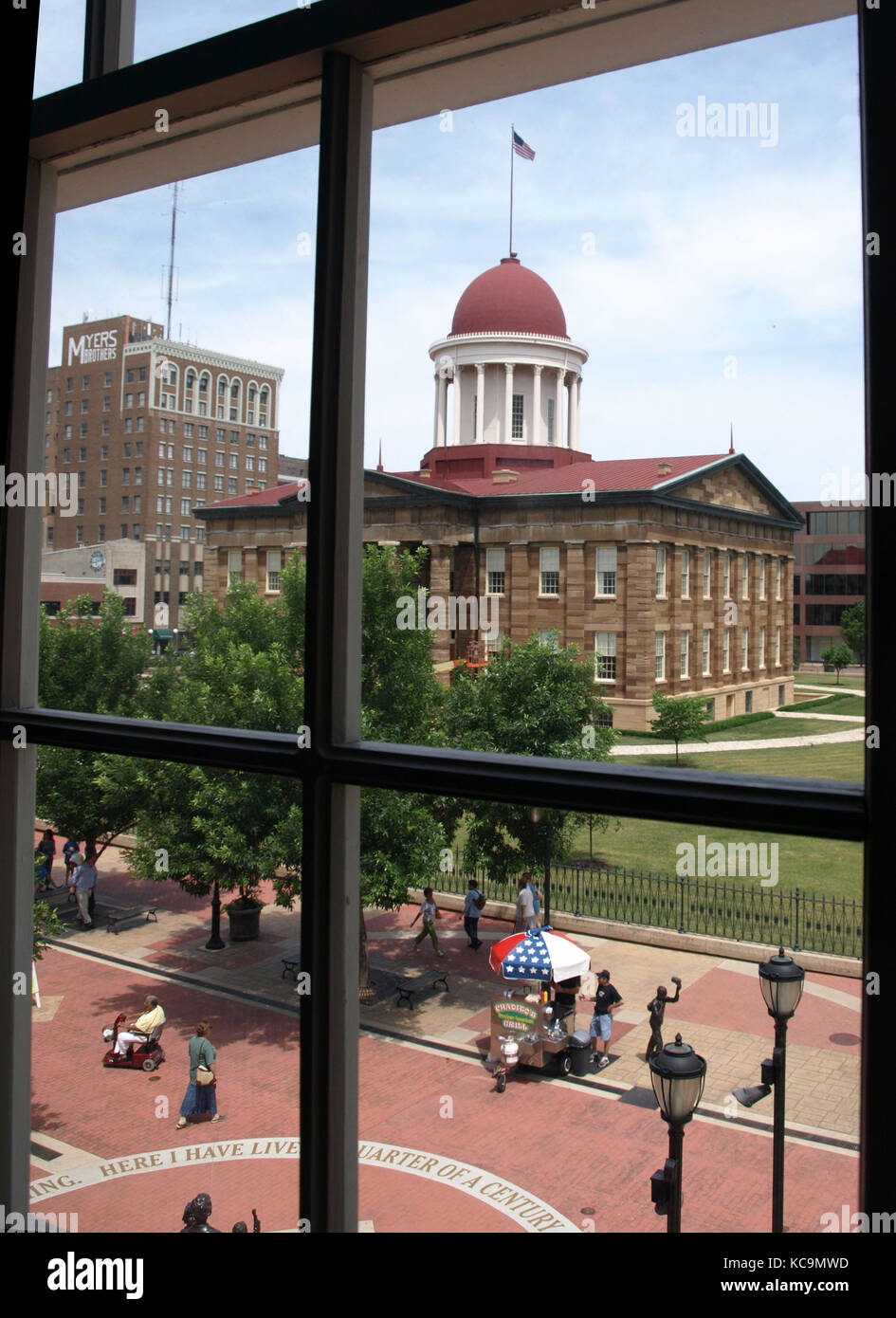 The Old State Capitol in Springfield, Illinois, seen through a window of the former law office of Abraham Lincoln - Stock Image