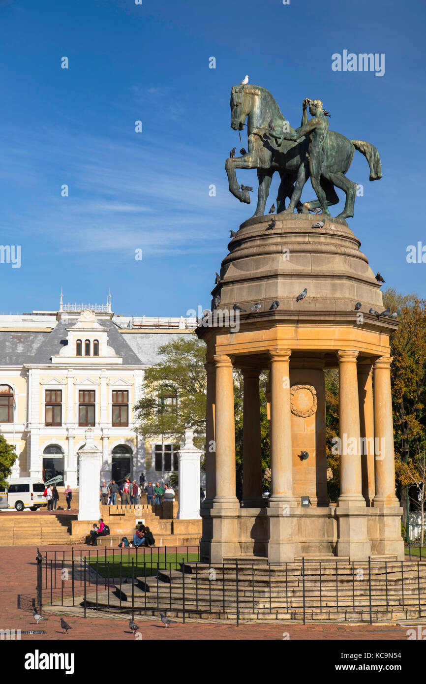 Delville Wood Memorial and Iziko South African Museum, Company's Garden, Cape Town, Western Cape, South Africa - Stock Image