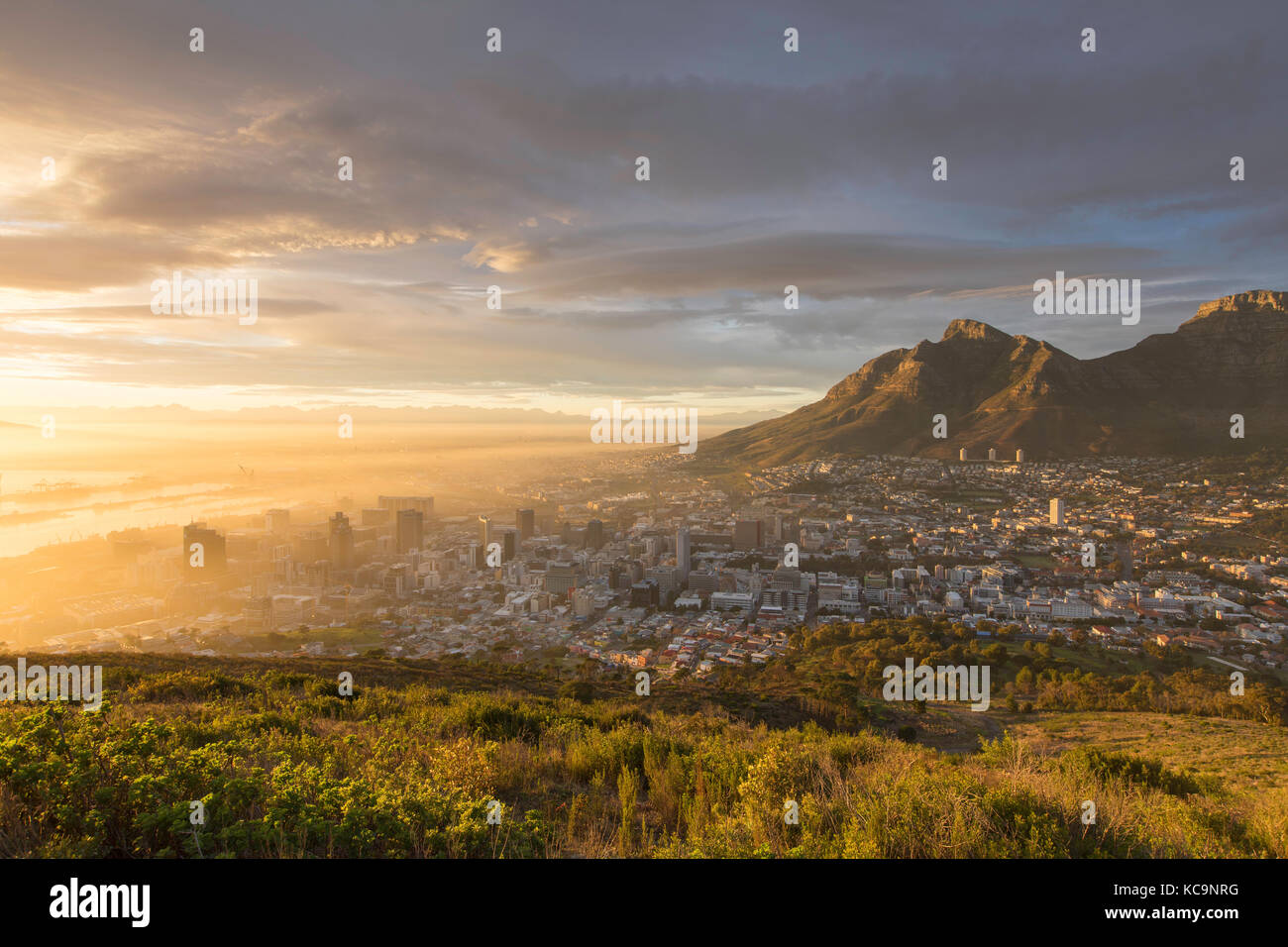 Table Mountain and City Bowl at dawn, Cape Town, Western Cape, South Africa - Stock Image