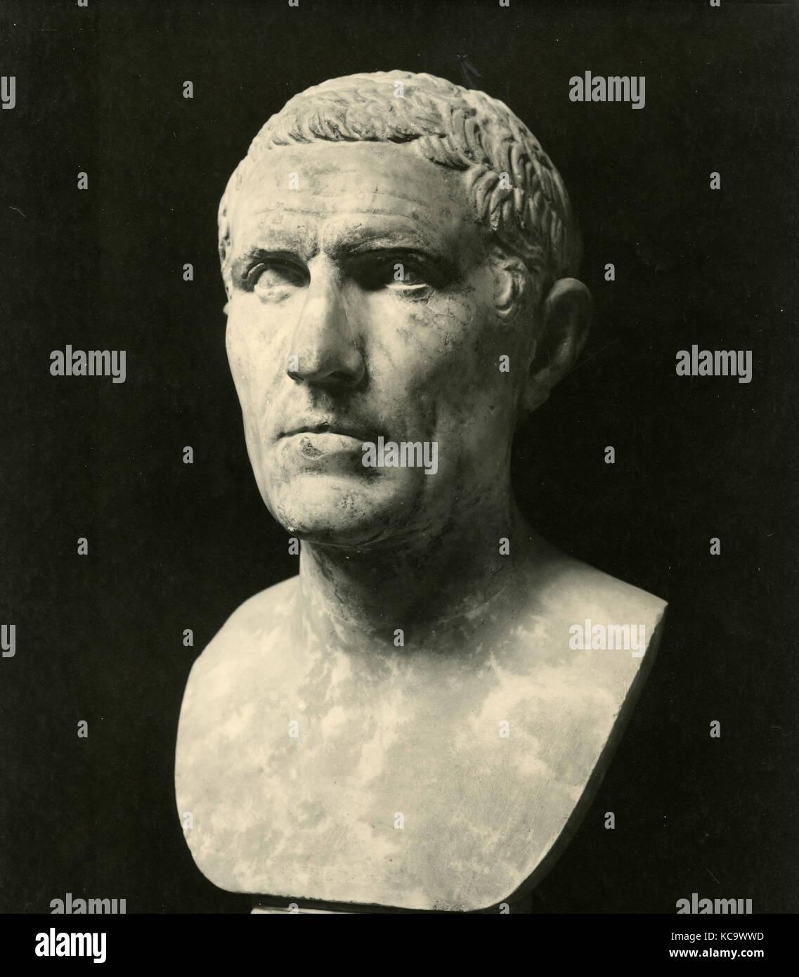 Claudius Marcellus, head statue - Stock Image