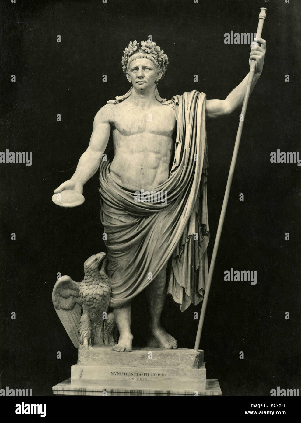 Claudius as Jupiter, marble statue - Stock Image