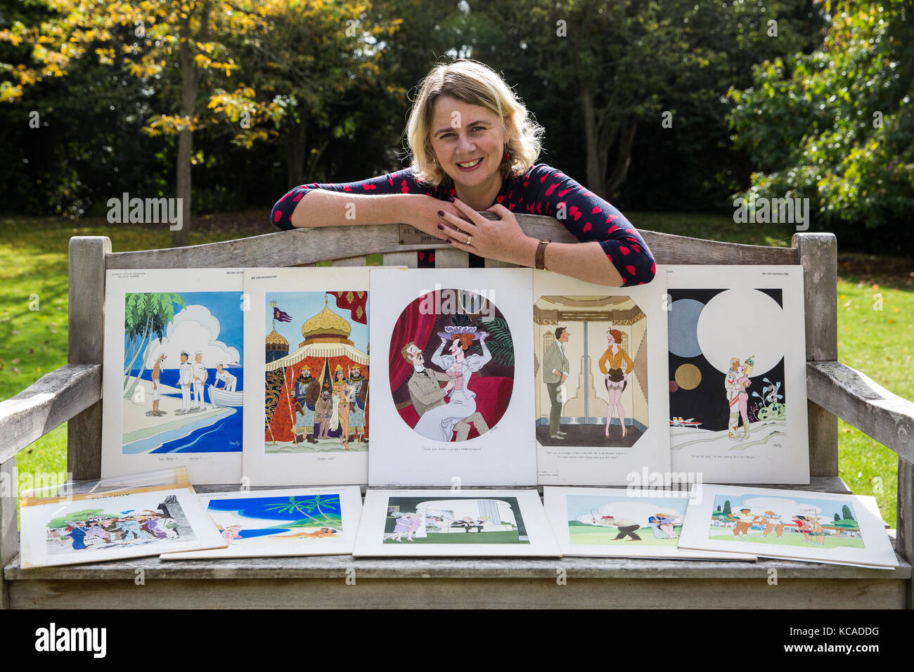 Bromley, UK. 3rd October, 2017. Auctioneer Catherine Southon poses with cartoons by Smilby (Francis Wilford-Smith, - Stock Image