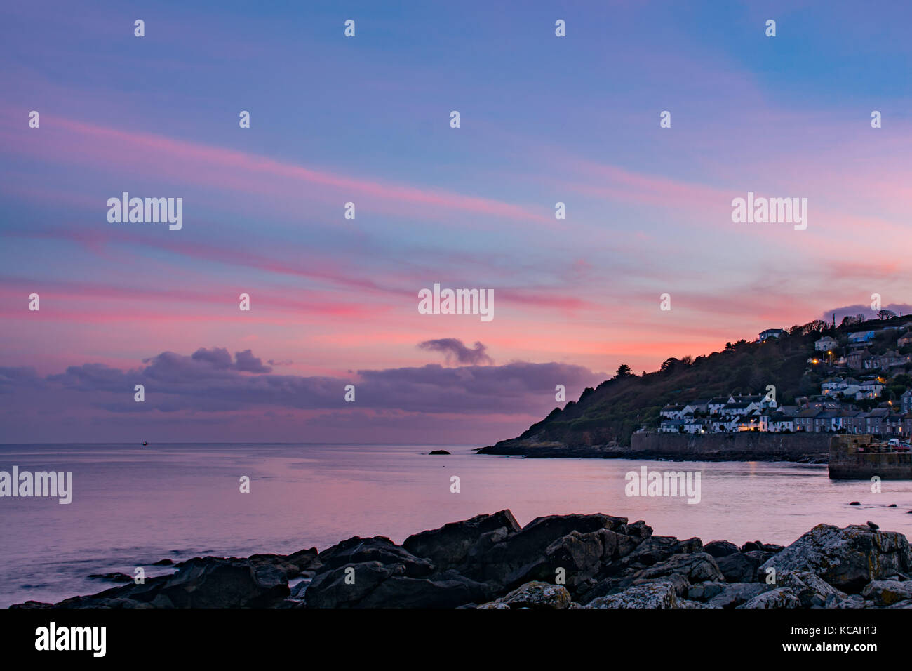 Mousehole, Cornwall, UK. 3rd Oct, 2017. UK Weather. It was a fine end to the day at Mousehole in the far south west - Stock Image