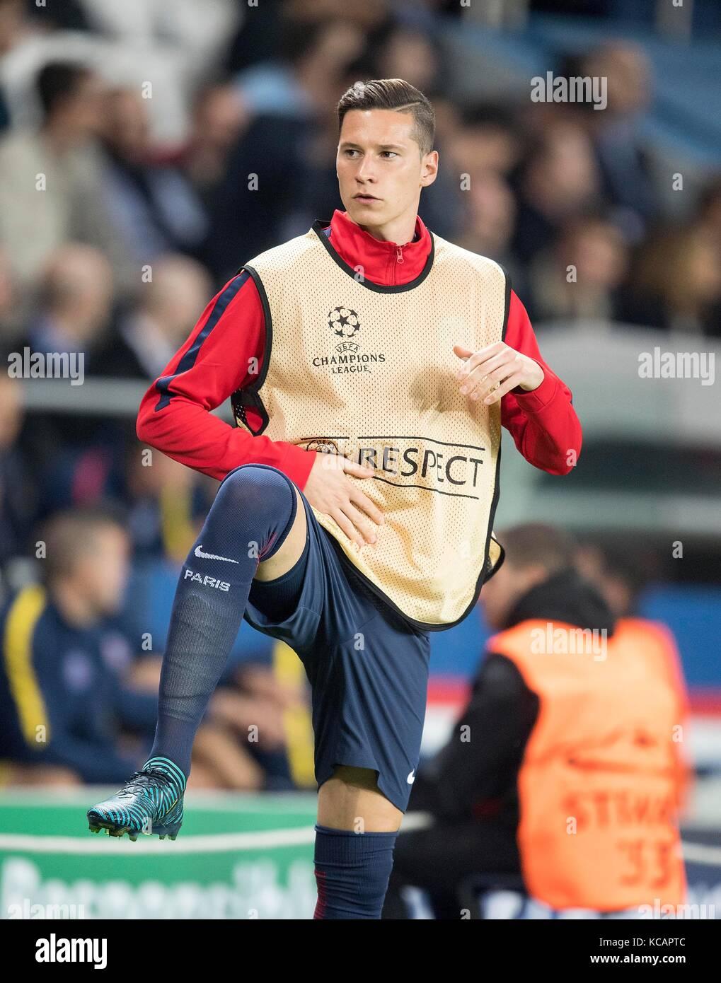 Julian DRAXLER (Paris) waerm sich auf, Ersatzspieler, Fussball Champions League, Vorrunde 2. Spieltag, Gruppe B, - Stock Image