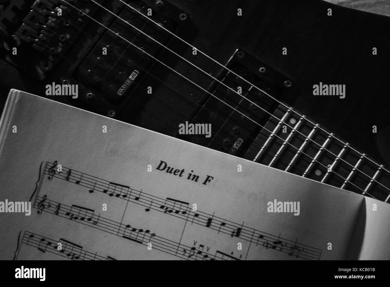 Retro Sheet Music Stock Photos & Retro Sheet Music Stock Images - Alamy
