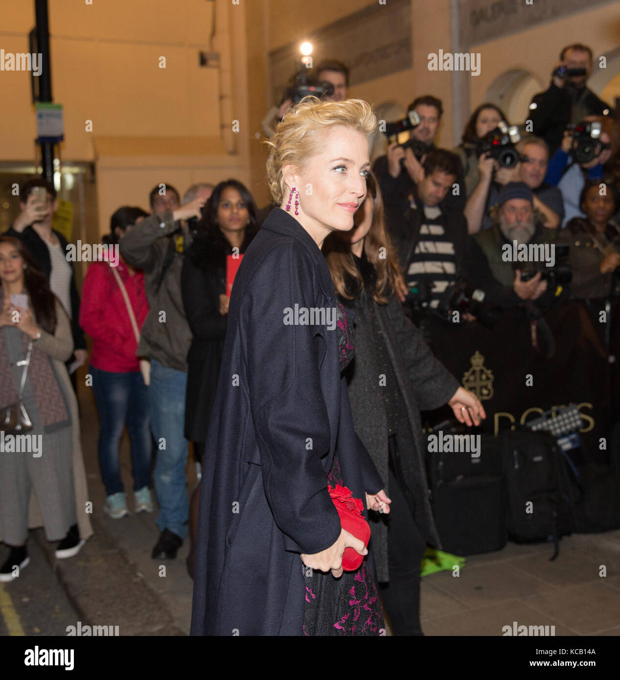 Gillian Anderson at Harper's Women Of The Year Awards 2016 In London - Stock Image