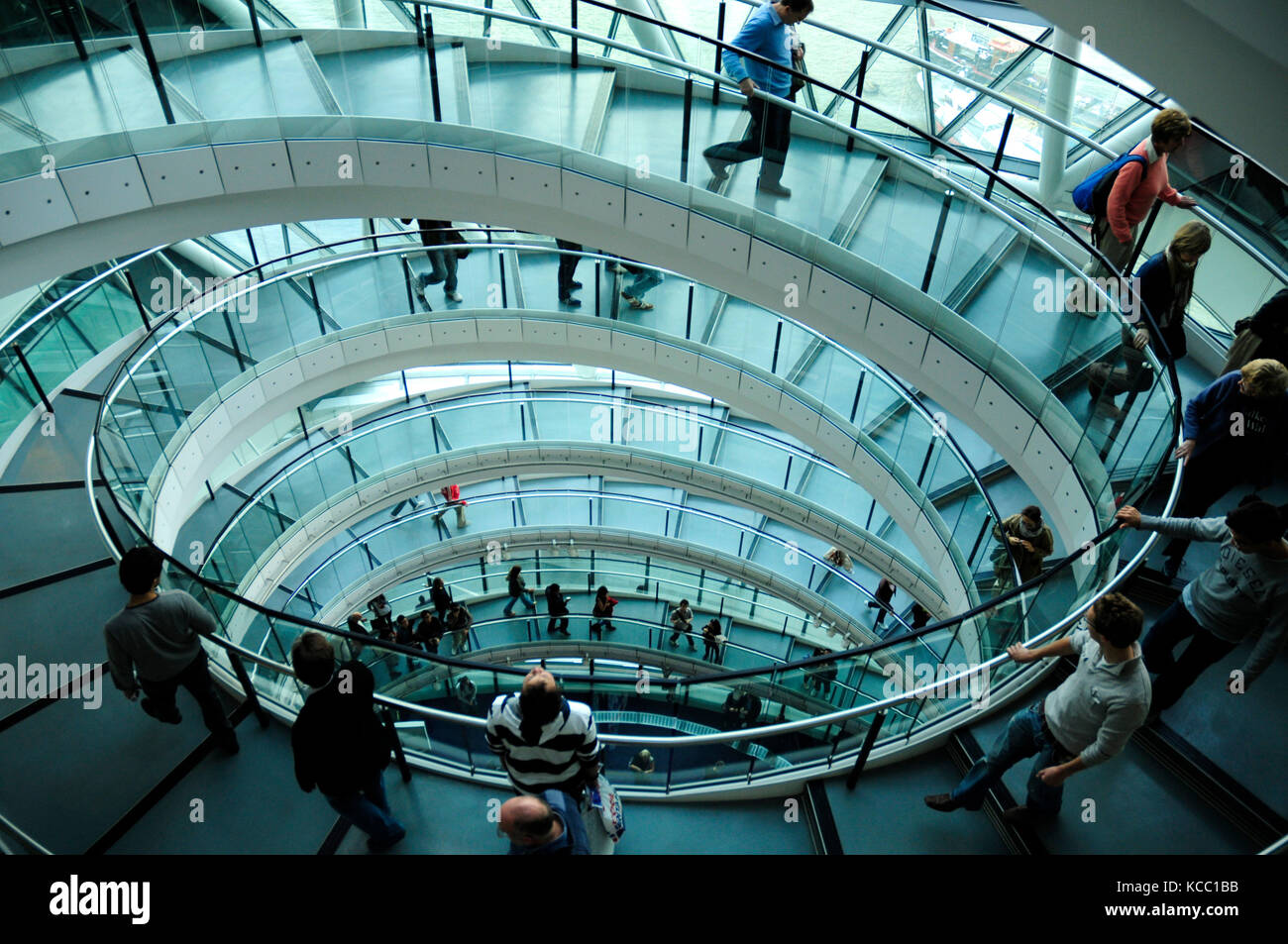 London City Hall, The Queen's Walk, Southwark, London - Stock Image