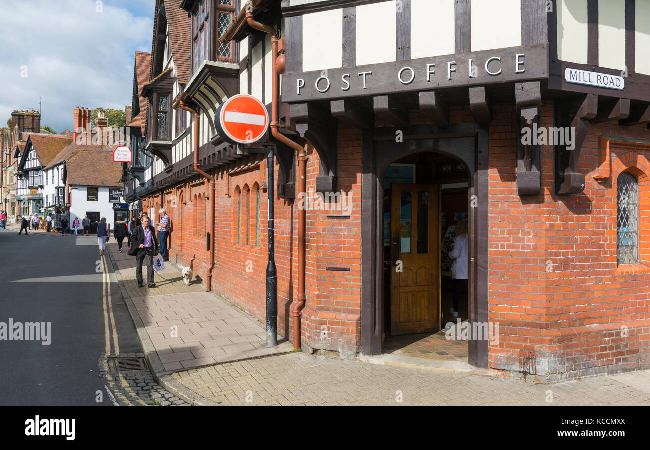 Tudor style Post Office in Arundel, West Sussex, England, UK. - Stock Image