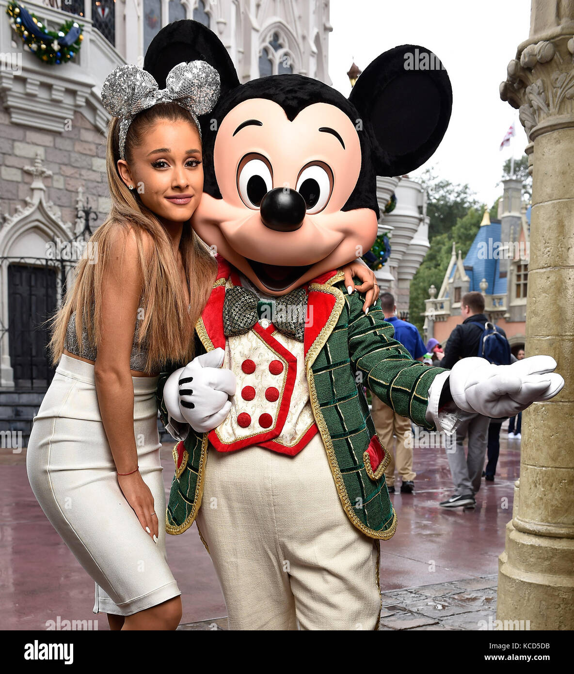 Frozen Christmas Special.Lake Buena Vista Fl December 09 Ariana Grande At The