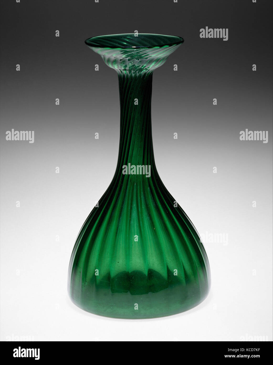 Clutha vase, ca. 1890, Scottish, Glasgow, Glass, Height: 11 1/4 in. (28.6 cm), Glass, Reacting against the fashion - Stock Image