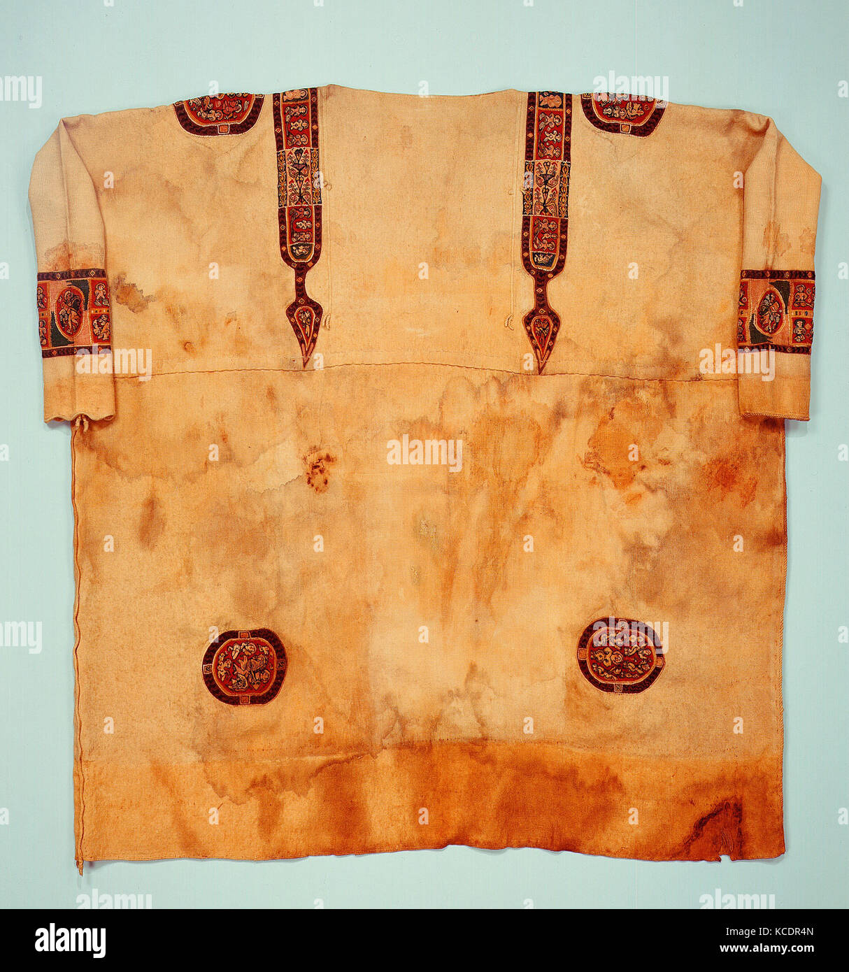 Richly Decorated Tunic, 660–870 (radiocarbon date, 95% probability - Stock Image