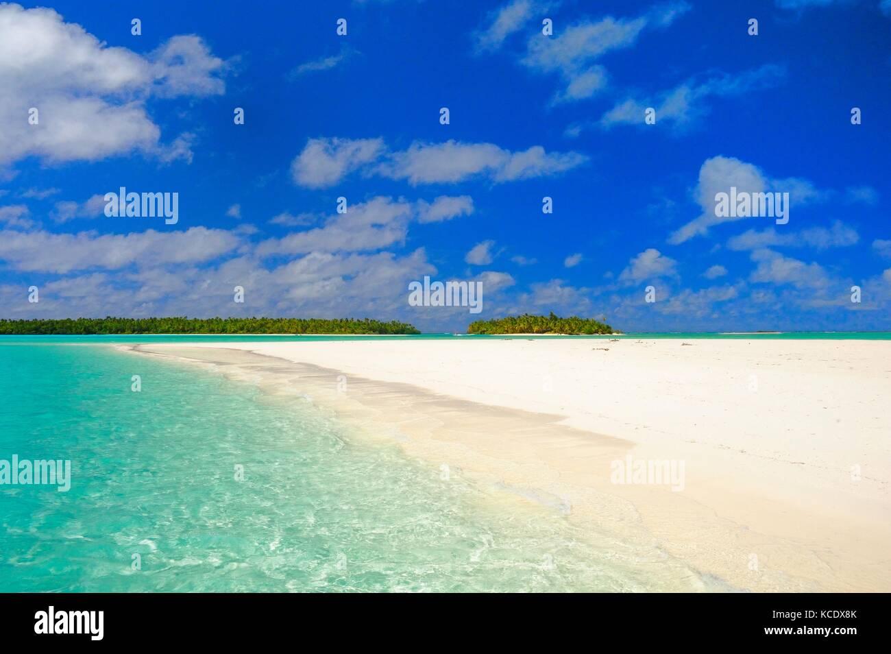 Aitutaki Lagoon sandbar - Stock Image