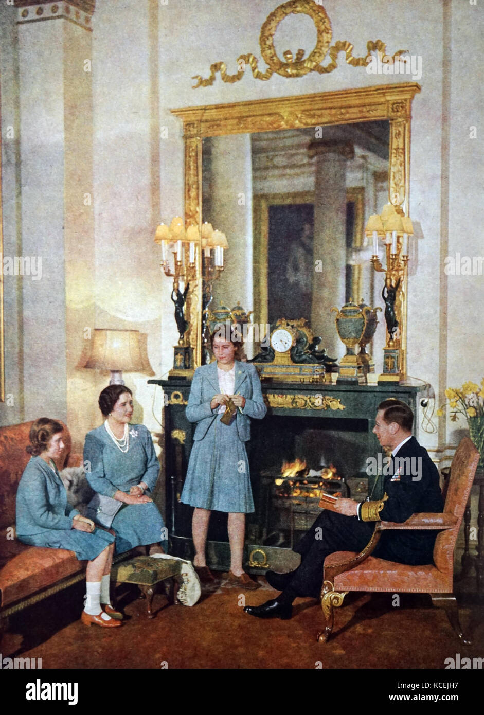 King George VI with Queen Elizabeth and their daughters Elizabeth (Later Queen Elizabeth II) and Princess Margaret, - Stock Image