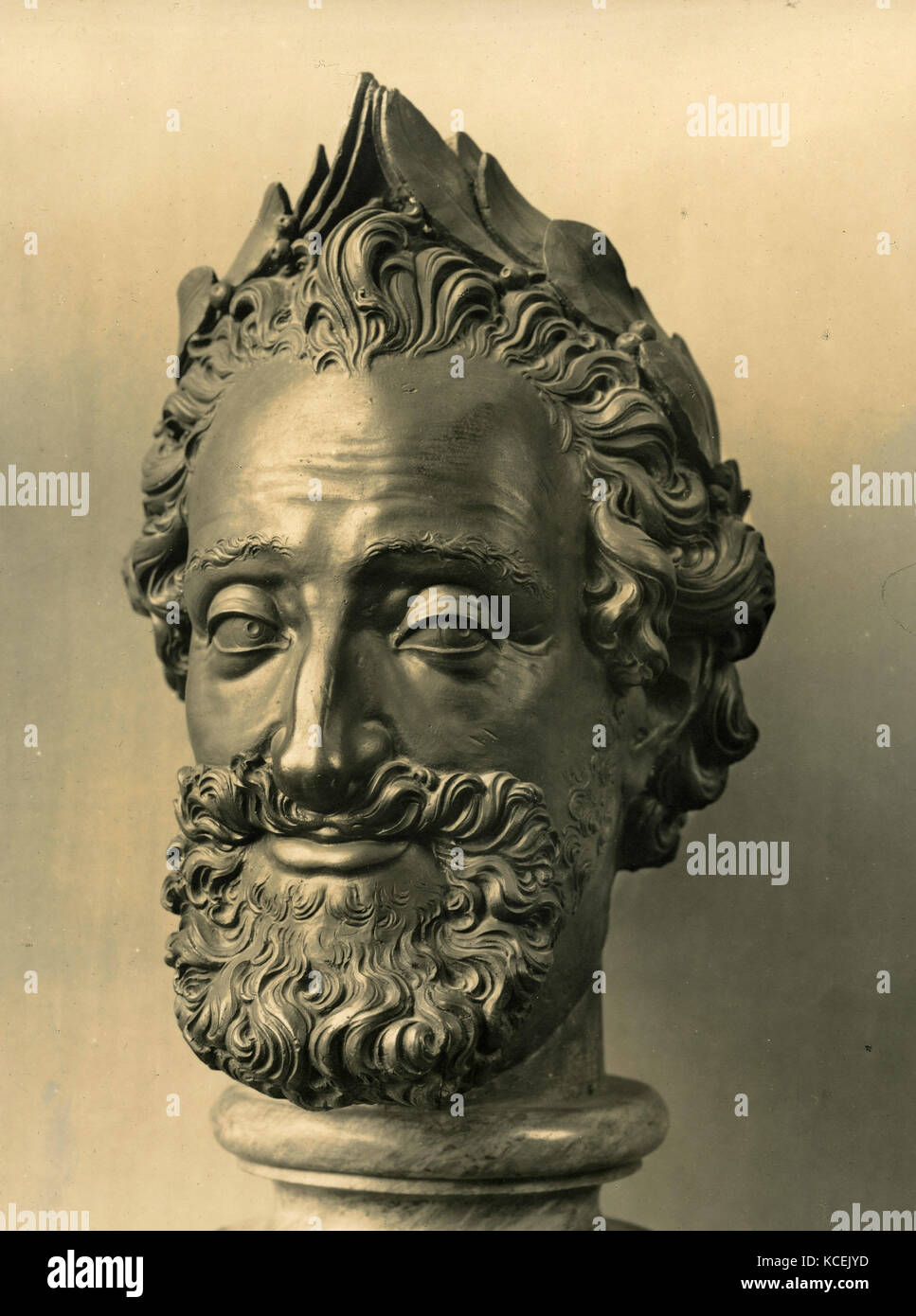 Bronze head statue of Henry IV King of France - Stock Image