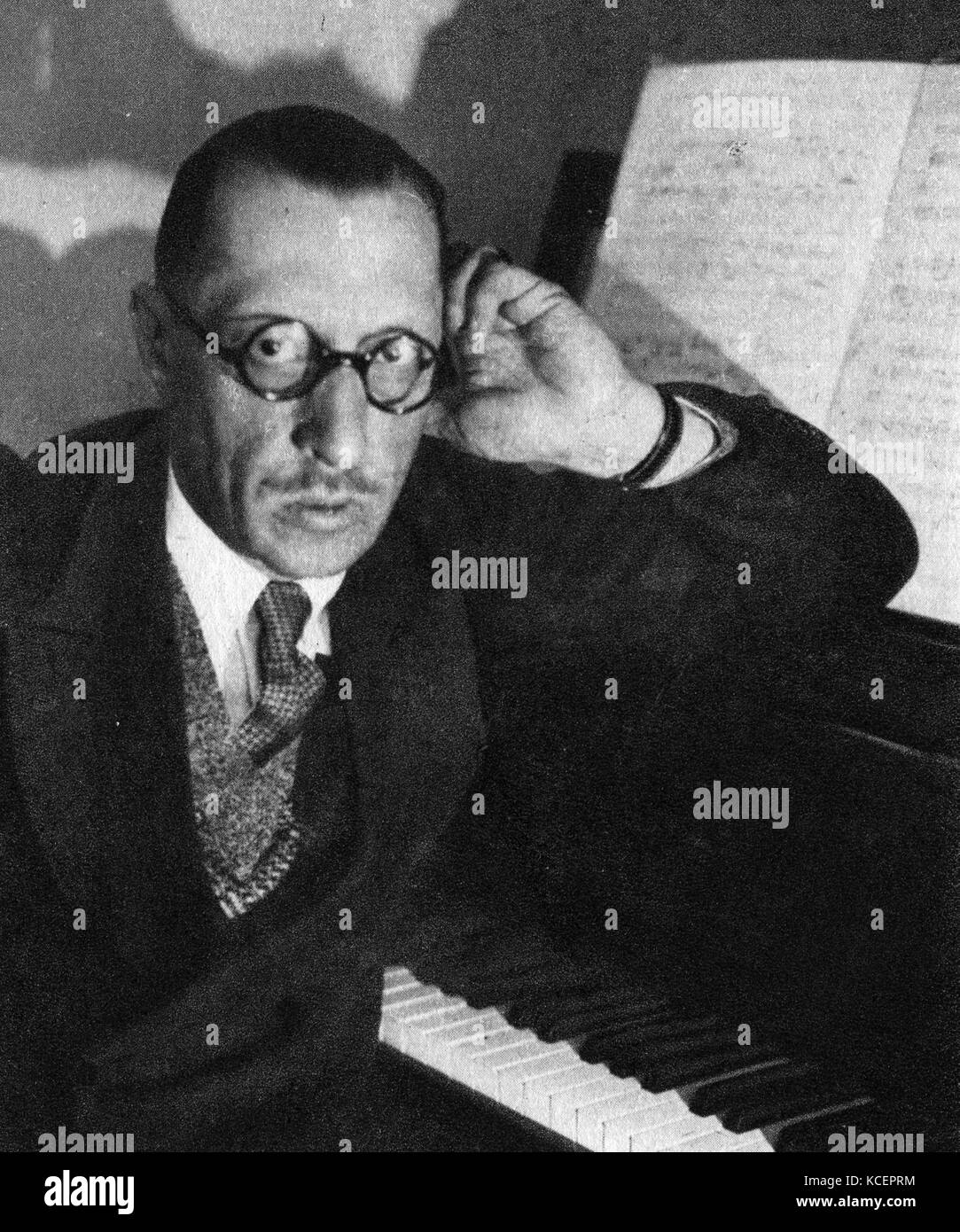 igor stravinsky the great composer Bio in his long life, stravinsky saw tremendous changes -- and, in his music, he created great change stravinsky's father, an opera singer, wanted him to become a lawyer, so when he went to college he studied law and music at the same time.