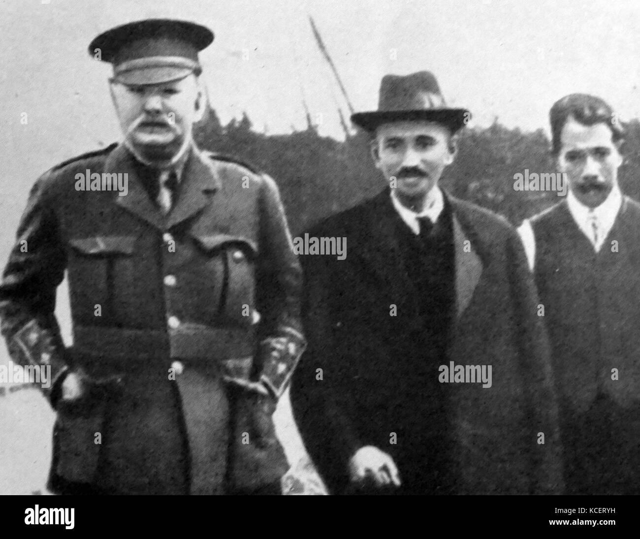 Mohandas Karamchand Gandhi visits England 1914. Gandhi established an idealistic community called 'Tolstoy Farm' Stock Photo