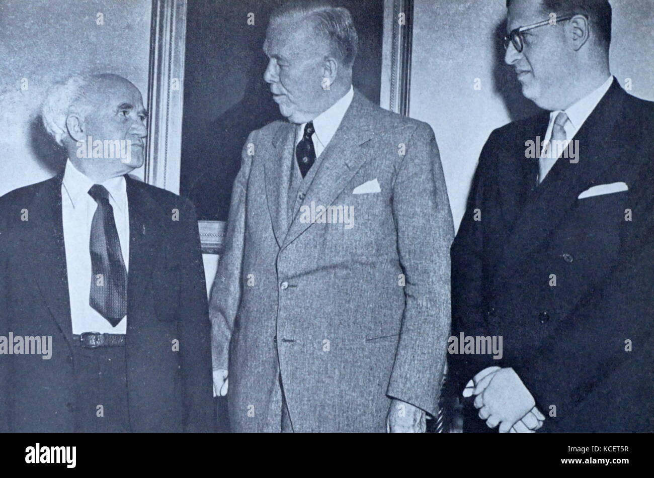 Israel's Prime Minister David Ben-Gurion, visits with US Secretary of Defense George C. Marshall, at the Pentagon - Stock Image
