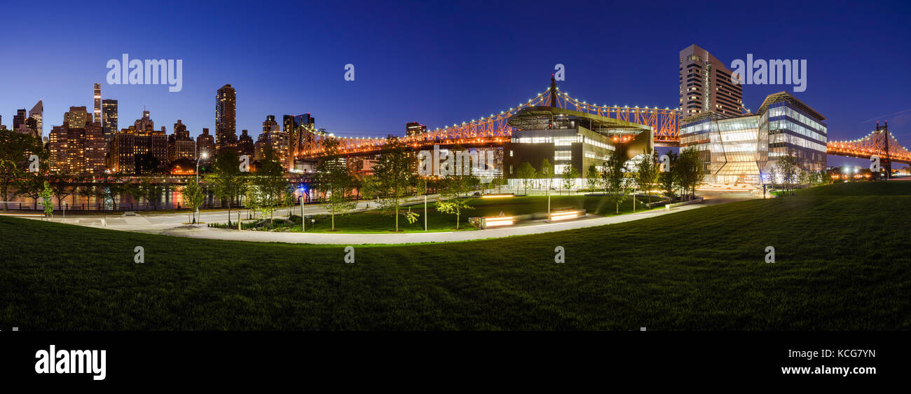 Panoramic view of the Cornell Tech campus on Roosevelt Island at twilight. New York City - Stock Image