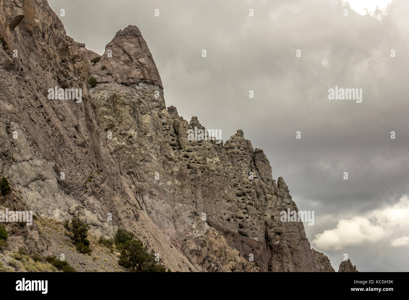 Primitive rock formations in the middle of Utah. - Stock Image