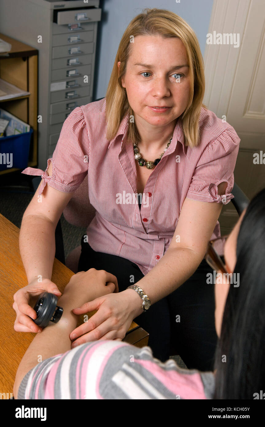 Dr.Barbara Compitus, Southville Surgery, Bristol holding a dermatology clinic. - Stock Image