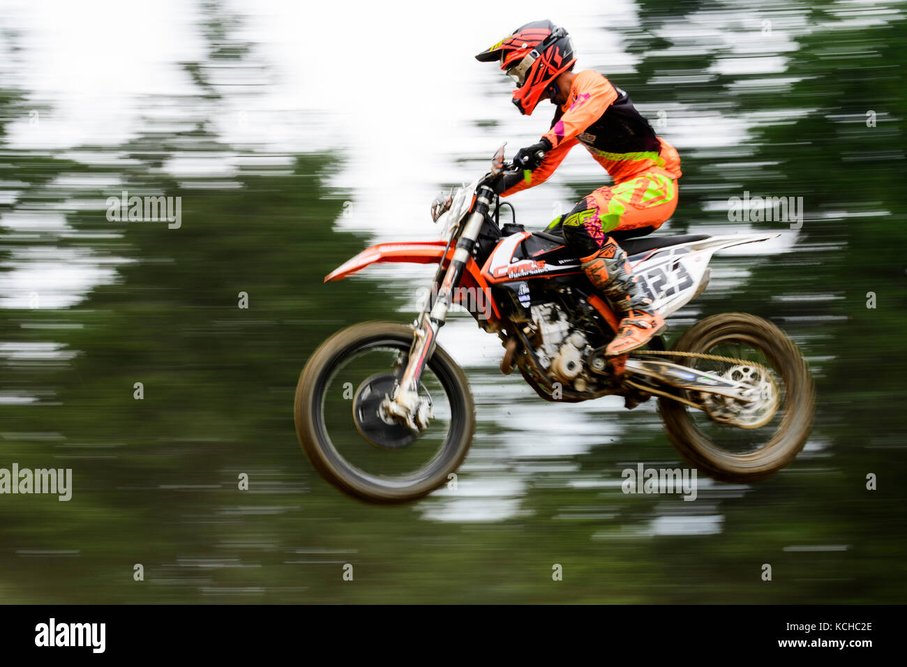 Racing action during the Rockstar Energy Drink Motocross Nationals at the Wastelands in Nanaimo, British Columbia. - Stock Image