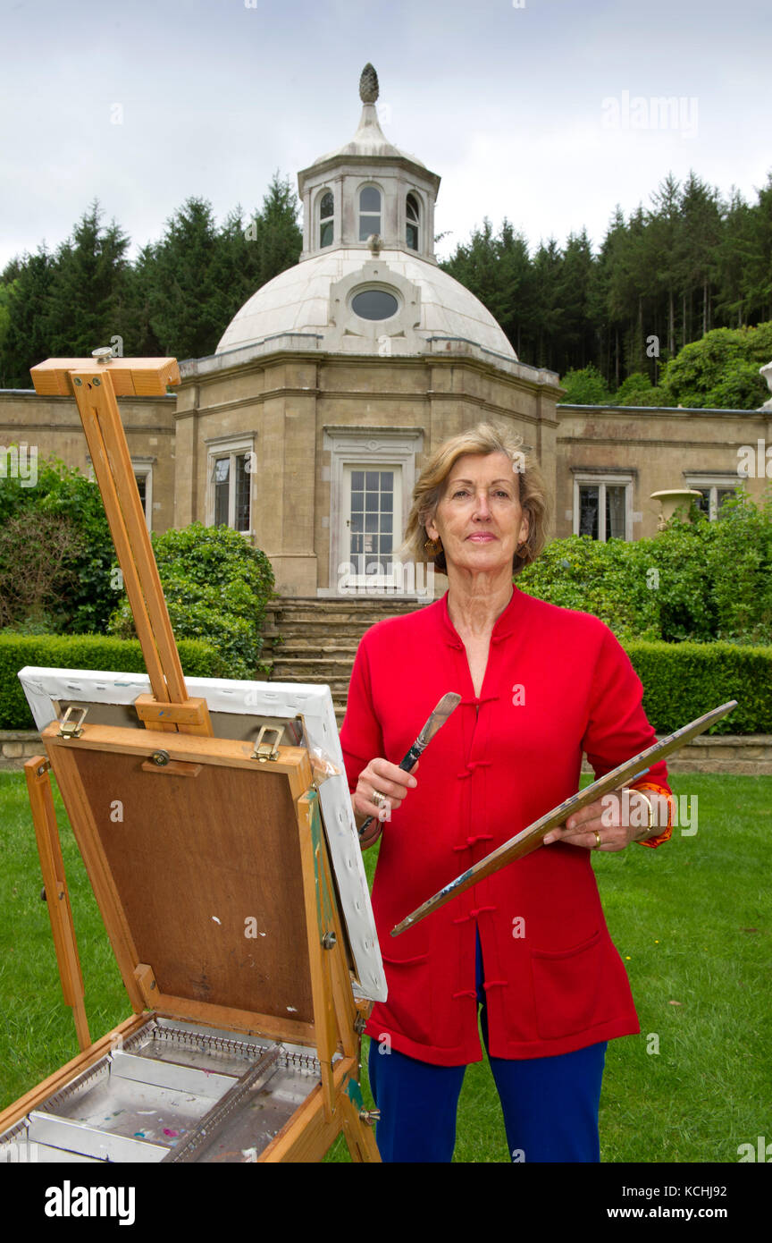 Artist and sculptor Lady Annie Field at her home, The Orangery, Mamhead, Devonshire, UK - Stock Image