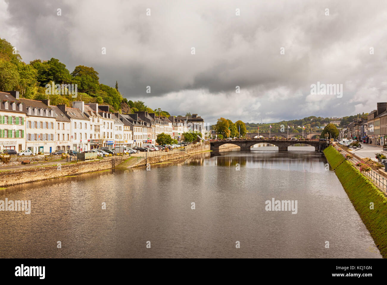 Village of Chateaulin on the canal from Nantes to Brest, Brittany, France - Stock Image