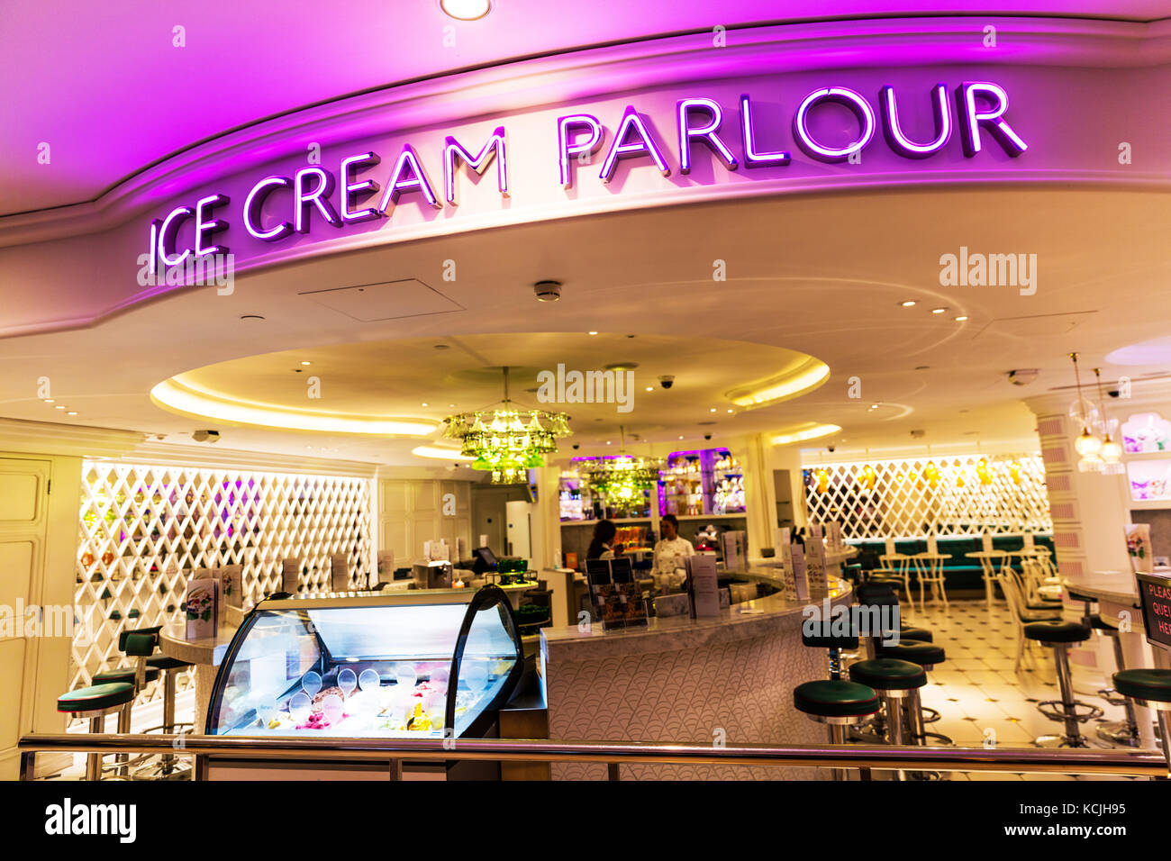 Ice Cream Parlour Stock Photos Ice Cream Parlour Stock Images Alamy