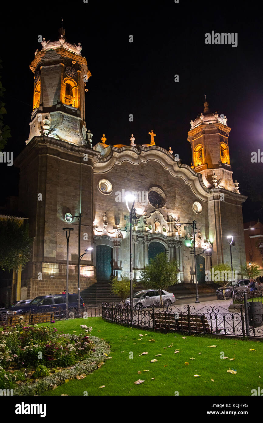 Cathedral Basilica of Our Lady of Peace in Neoclassical style at the plaza 10 de Noviembre at night in the city - Stock Image