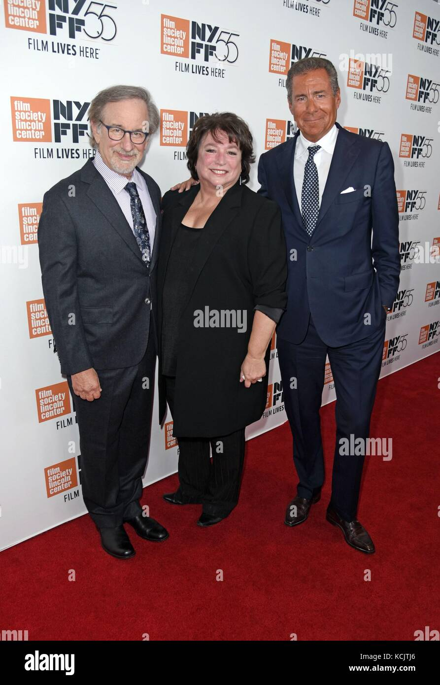 New York, NY, USA. 5th Oct, 2017. Steven Spielberg, Susan Lacy, Richard Plepler at arrivals for SPIELBERG Premiere - Stock Image